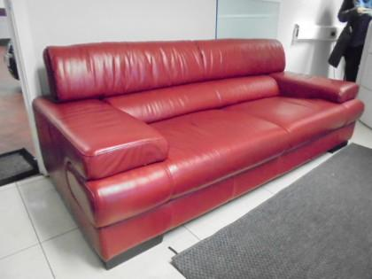 high end luxury red leather sofa x1. Black Bedroom Furniture Sets. Home Design Ideas