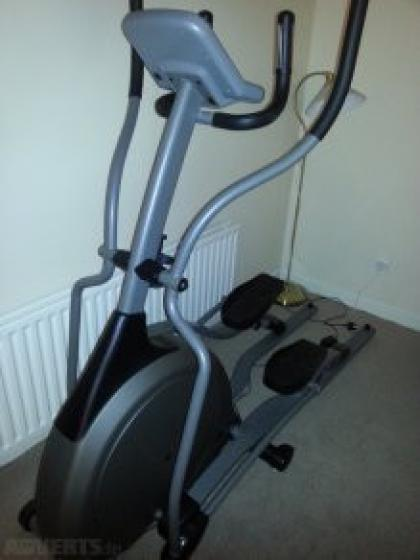 Used Elliptical For Sale >> Vision Fitness X6200 HRT Elliptical Folding Trainer x 1